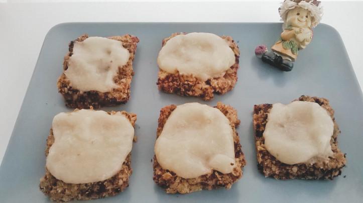 biscotti di ceci con crema di pere