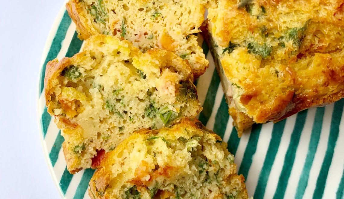 Plumcake salato al salmone, zucchine e erba cibollina. Senza glutine
