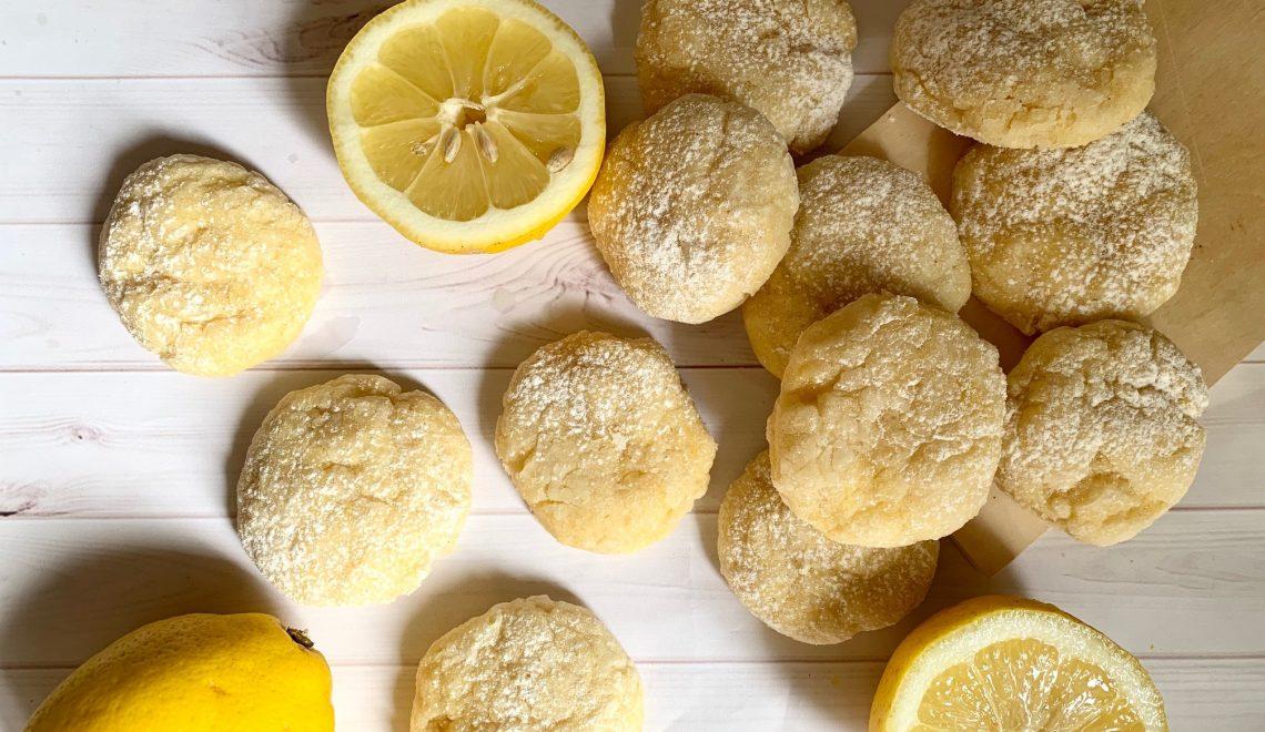 Crinkle cookies al limone senza glutine e senza burro
