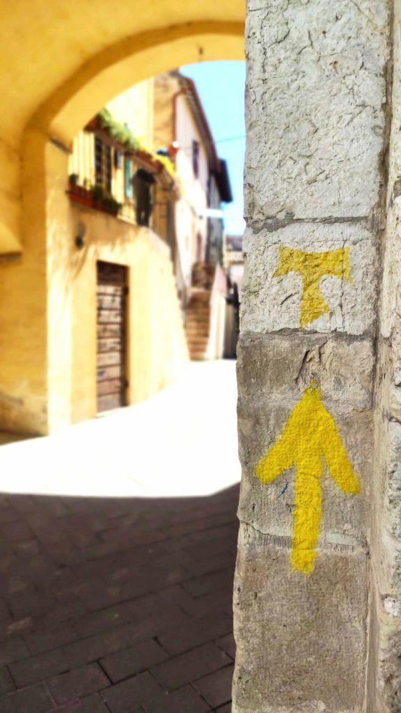 segnaletica su la via di Francesco