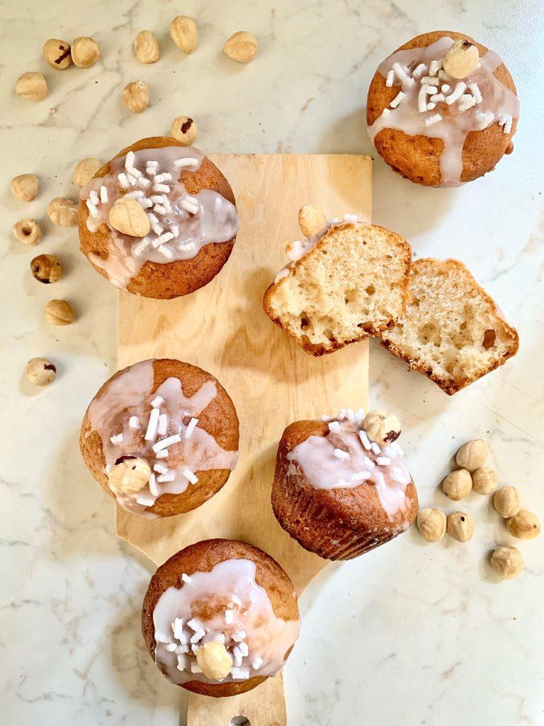 Muffin allo yogurt greco alla nocciola